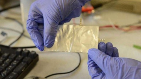 This Aluminum Graphite Battery Could Charge Your Smartphone In 60 Seconds