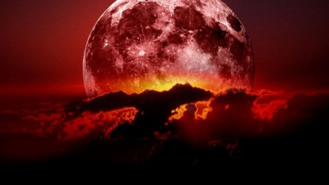 5 Things You Need To Know About the Final Bloodmoon In September
