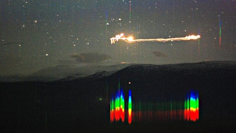 University Scientists Capture Raw Footage of UFO Showing Up At Their Observatory in Norway