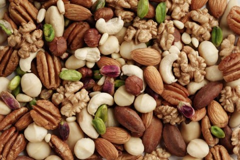 The Amazing Health Benefits Of Nuts In An Infographic