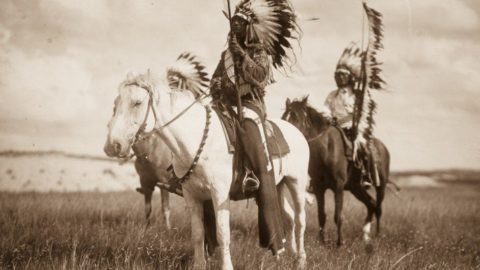 A Beautiful Photo Record Of Native American Life In The Early 1900s & What Happened Before That