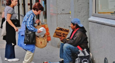 This App Allows You To Be An Unsung Hero By Donating Food To The Homeless