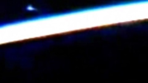 NASA Cuts Live Feed From ISS (Again) After a 'UFO' Is Spotted On Video