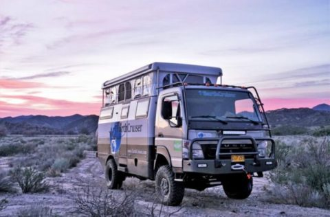 Solar-Powered Earthcruiser Camper Expands At The Push Of A Button
