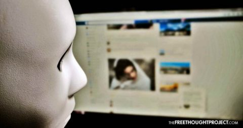 Frightening Tool Reveals How Much of Your Personal Info Facebook is Giving to Strangers